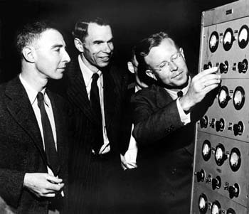 Robert Oppenheimer, Glenn T. Seaborg, and Ernest O. Lawrence in early 1946