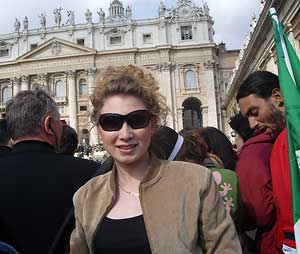 Dana Schechter in St. Peter's Square
