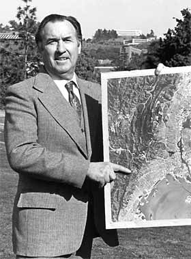 Robert Colwell with aerial photo
