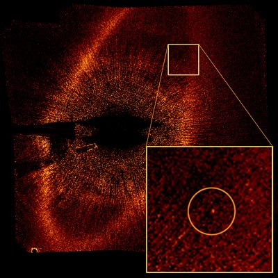 Hubble image of  the star Fomalhaut and its newly discovered planet