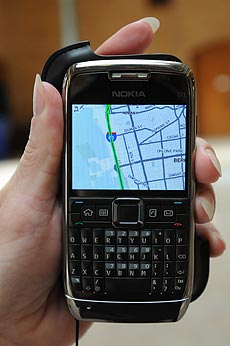 cellphone showing traffic data