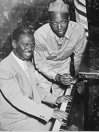Earl Hines and Charles Carpenter at a wartime performance