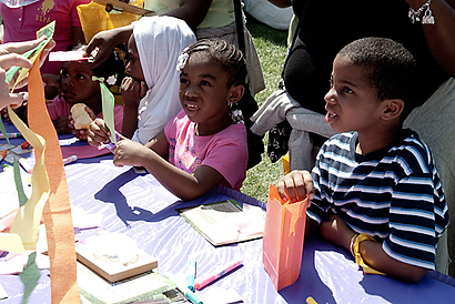 Children making kites during 2010 White House Easter Egg Roll