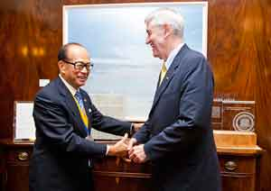 Chancellor Birgeneau and Li Ka-shing