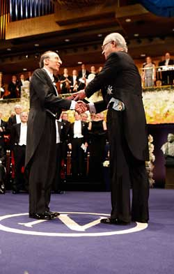 Saul Perlmutter receives 2011 Nobel Prize in Physics